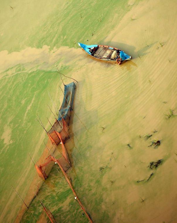 Photograph taken in Siem Reap, Cambodia by Microlight / Ultralight pilot Eddie Smith