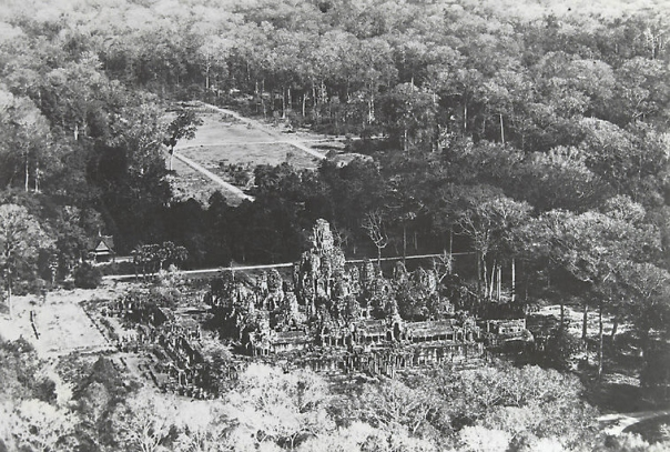 Old Photos in Cambodia - bayon 1945 -1954