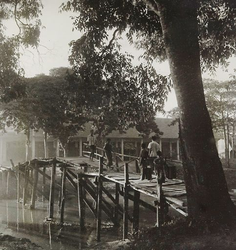 Siem Reap river - Old Photos in Cambodia