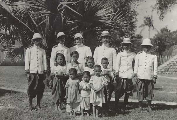 The governing people and children - Old Photos in Cambodia